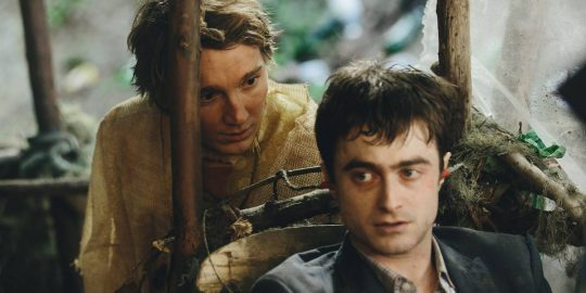 paul-dano-og-daniel-radcliffe-i-swiss-army-man