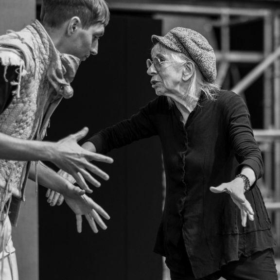 Razmus Nyström och Suzanne Osten. Repetitionsbild. Foto: Hans Malm