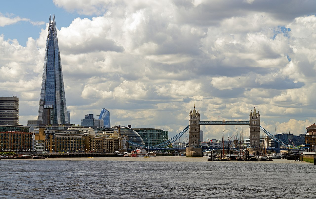 London Bridge och The Shard. Foto: Ввласенко